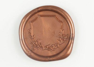 antiquecopper-crest
