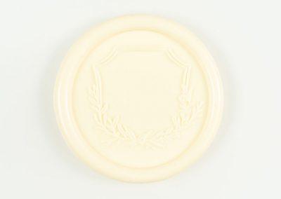 buttercream-crest