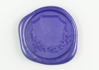 iris-crest