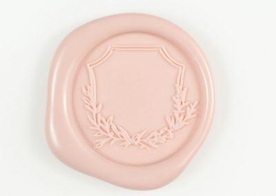 rosa-crest